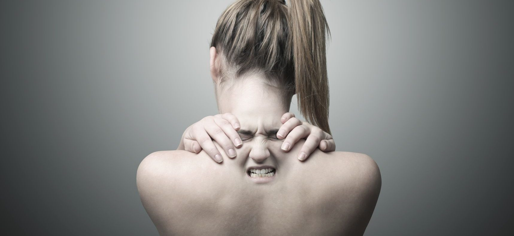 3 Painful Warning Signs You Might Have A Herniated Disc in Your Neck